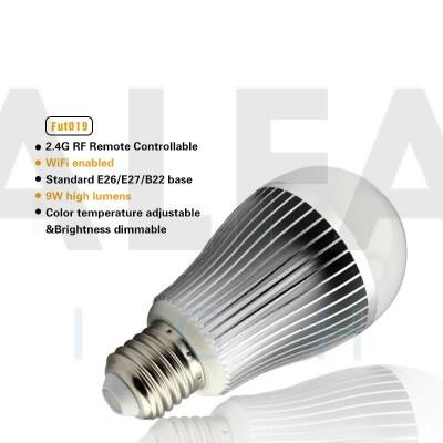 LED žiarovka CLEVER CCT 9W E27